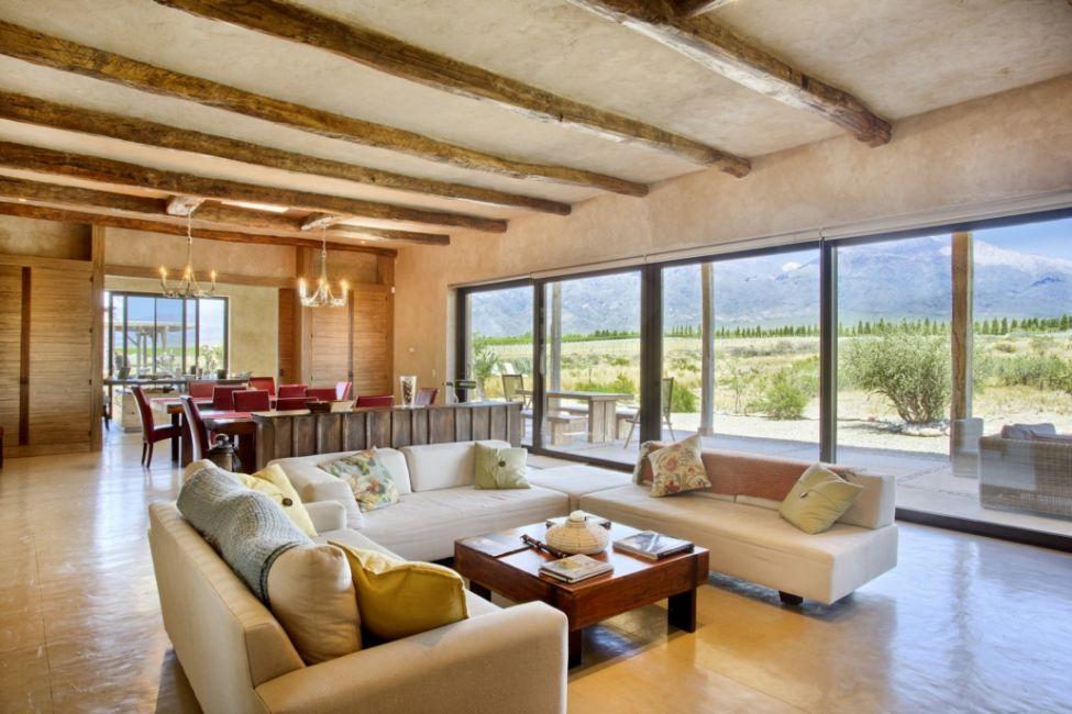 Alpasion Wine & Lodge