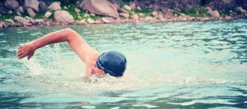 Nadando en el Dique