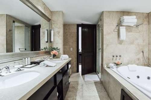 Baño Suite SOLDI