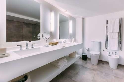 Baño Studio Suite